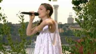Laleh - Some die young (Allsång på skansen 2012)