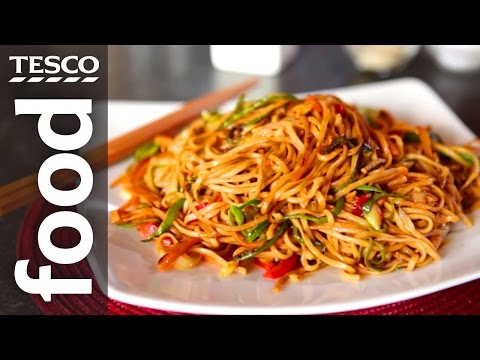 How to Make Chow Mein with Ken Hom | Tesco Food