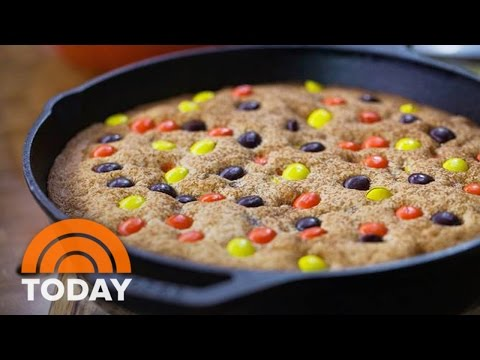 Use Leftover Halloween Candy To Make Delicious Desserts | TODAY