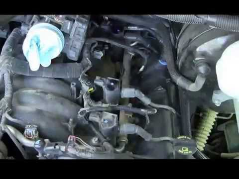 how to do a tune up plugs wires distributor cap rotor. Black Bedroom Furniture Sets. Home Design Ideas