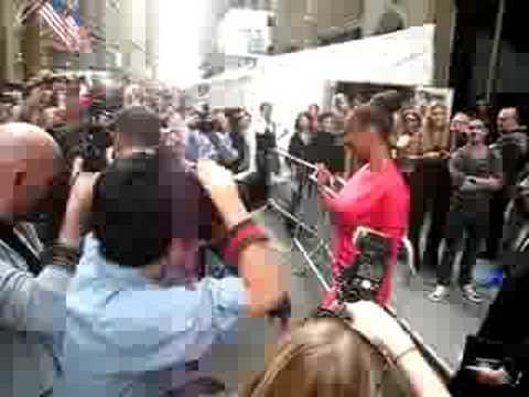 Tyra Banks NYC fashion week 2008