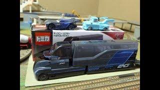 トミカ カーズの新顔、トラクター&トレーラーの、ゲイル・ビューフォー...