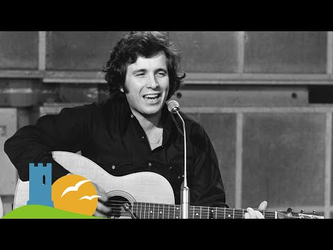 Mountains of Mourne, Don McLean  beautiful version with captions