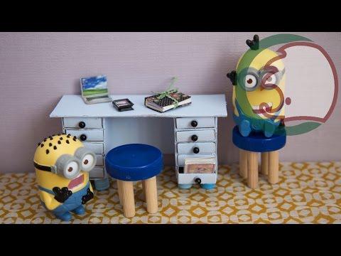 видео: Как сделать стол для кукол. how to make a desk for dolls.