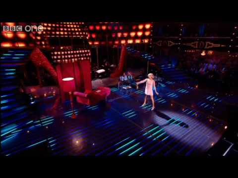 Tamzin Outhwaite Performs - Over The Rainbow - Episode 14 - BBC One