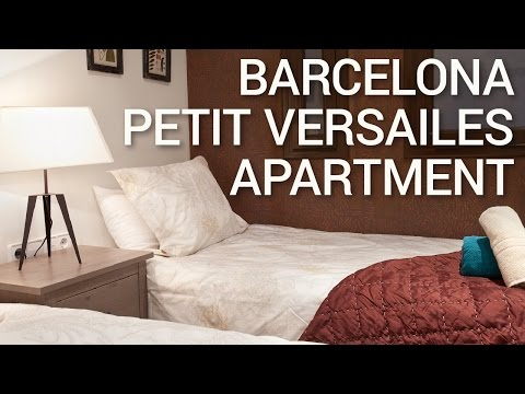 Barcelona Apartments Tour - Petit Versailles with Wonderful Balcony - Negre Apartments Barcelona