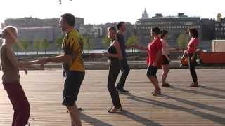 Бесплатные уроки по буги-вуги в парке