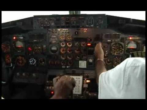 B737-200 Rollins Air, Flying over skys of La Ceiba, MHLC, Honduras