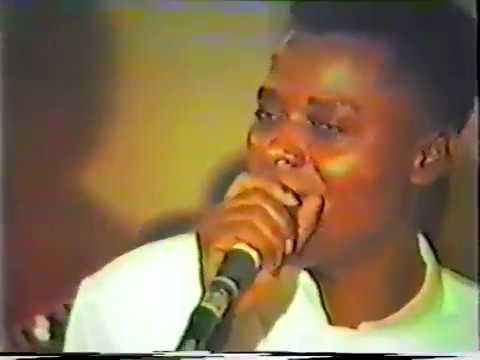King Kester Emeneya feat  Esperant Kisangani et Maray Maray (Live à Bruxelles 1986)