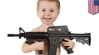 4-летний малыш выстрелил в себя в родительской машине