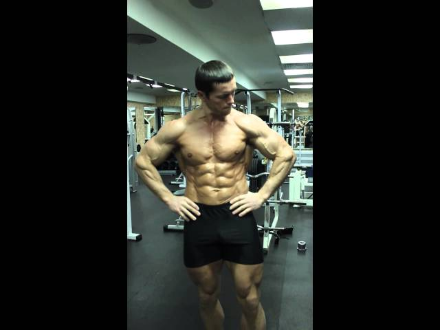Natural aesthetics: on the way to the most shredded.