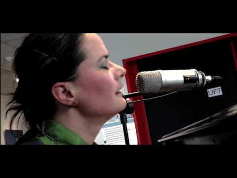 Margje Ottevanger  Improvisatie op piano