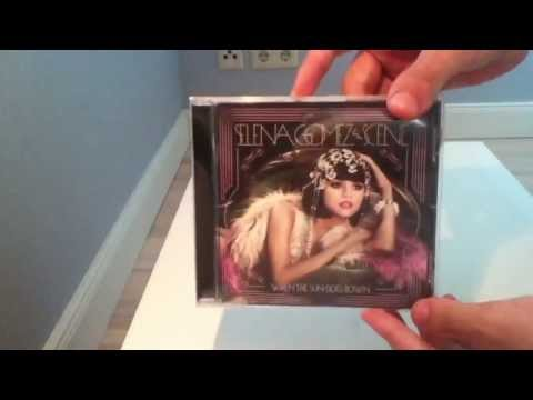 Selena Gomez & The Scene - When The Sun Goes Down (Unboxing) HD