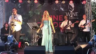 Gambar cover Lena Kovačević - Cafe LIVE @ Wine Garden 15.06.2019