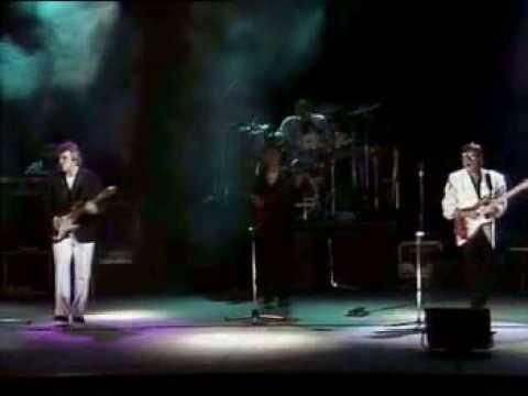 The Shadows  F.B.I   live 1989