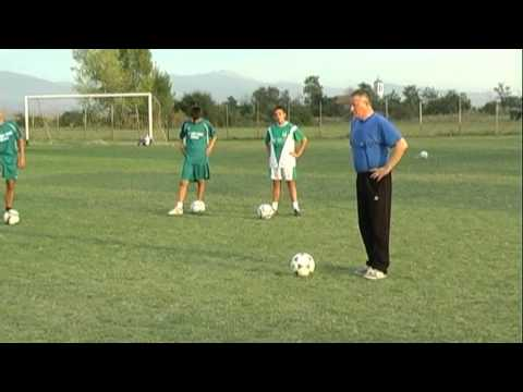 Training With young football player 7 1 Dribling Mile Hristovski