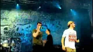 Die Toten Hosen-Heimspiel-32 Should I stay or should I go