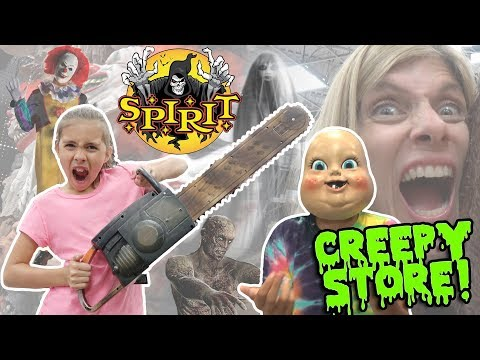 WORLD'S CREEPIEST STORE!!! Shopping at SPIRIT HALLOWEEN STORE - 2017!