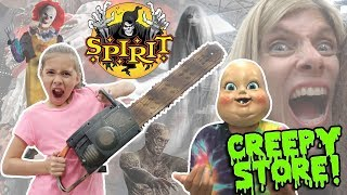 WORLD'S CREEPIEST STORE!!! Scary Animatronics at SPIRIT HALLOWEEN STORE - 2017!