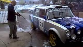Rallye Guru Team . 2101. Mosás. Thumbnail