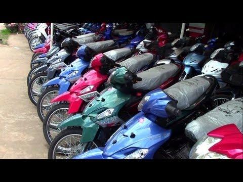 motorbikes in Savannahet,