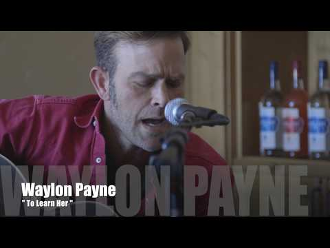 Waylon Payne sings