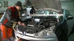 Peugeot / Citroen 1.6 l 16V Replacing timing belt and water pump