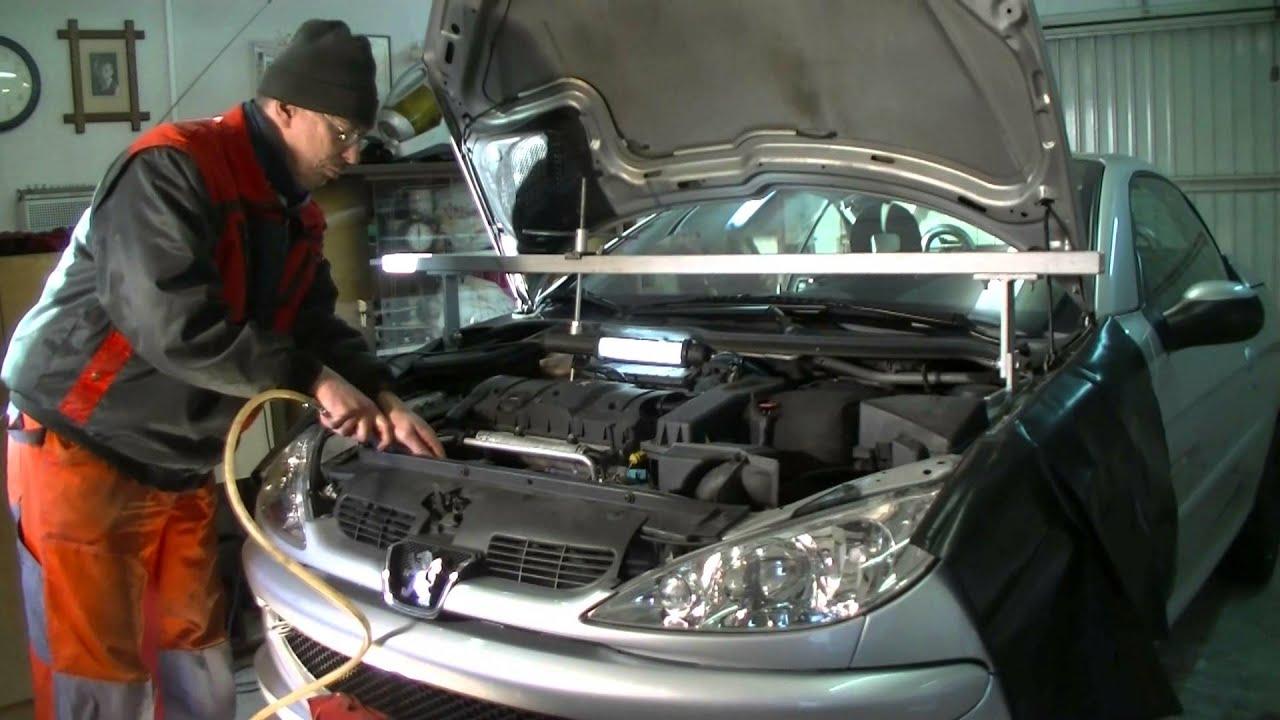 Peugeot  Citroen 16 l 16V Replacing timing belt and