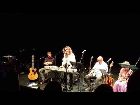 Rebekah Kirk - Demasiado - Live at the Beacon 14/09/17