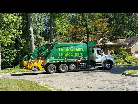 Waste Management: CNG Freightliner M2 112/ McNeilus Tag-Axle Rear Loader