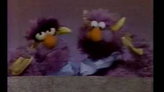 Sesame Street - Two Headed Monster: sharing a sandwich