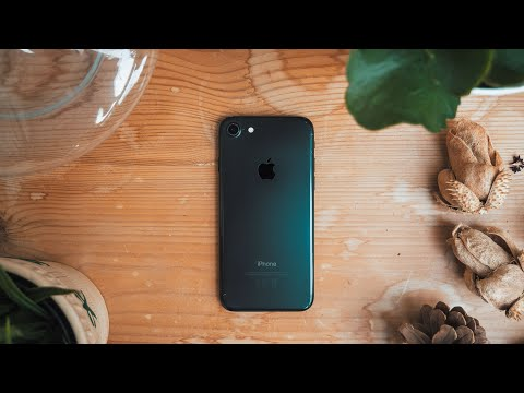 Should you still buy the iPhone 7 in 2019?  A VERY long term Review!