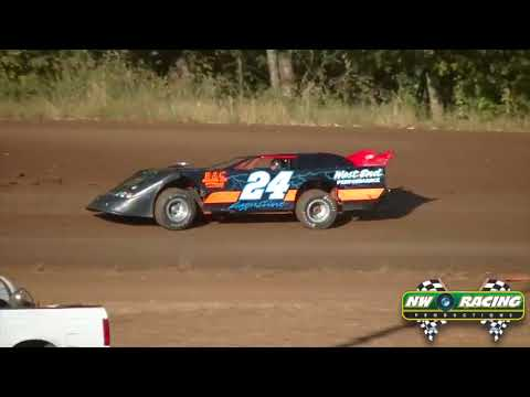 8 23 14 Cottage Grove Speedway Late Models Qualifying