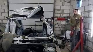 видео: Renault Sandero , вытяжка крыши за 1 минуту на напольном стапеле