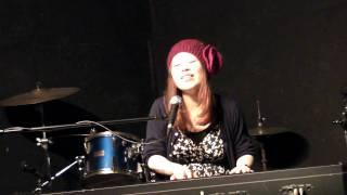 2010-03-03湊川Voiceでの弾き語り.