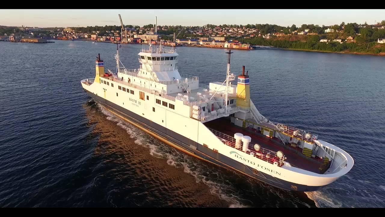 Bastofosen Ferry Coming In To Moss Harbor Youtube