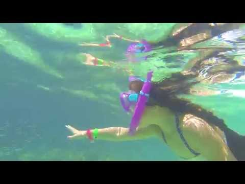 Family Snorkeling at Smith Cove, Grand Cayman Islands