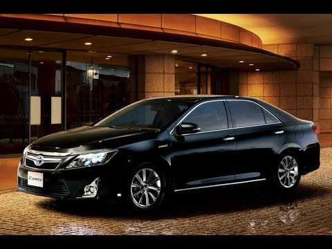 Тойота Камри     расход бензина радует