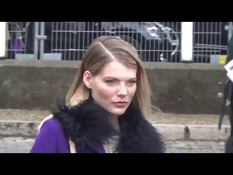 Emma GREENWELL @ Paris 9 march 2016 Fashion Week  Miu Miu  mars