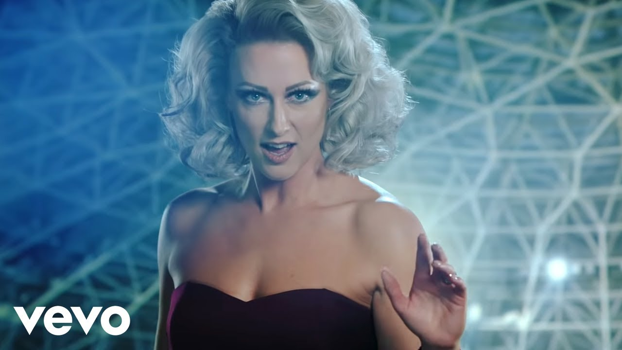 Download Steps - Scared Of The Dark (Official Video)