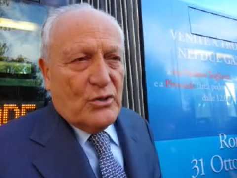 Il Tram del cuore a Roma (video agenzia DIRE)