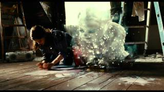 """YOKO - Filmszene """"Yoko und Pia streichen Marcellas Zimmer""""   ab 17.2.2012 im Kino"""