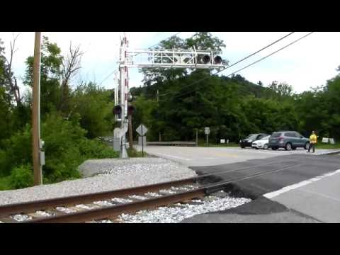 Steam Into History, Railroad Crossing in Operation
