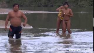 Amazon rainforest tribe makes contact with outside world
