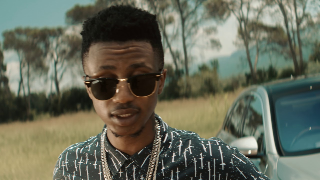 Download Emtee feat. Lolli - Brand New Day (Official Music Video)