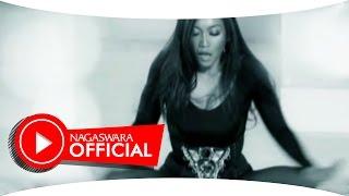 Denada - Sedang Ingin Bercinta (Official Music Video NAGASWARA) #music