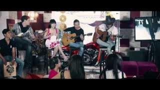 (Acoustic Cover) Hoa Lài màu xanh - Huyền Trang (Phóng sự ca nhạc)