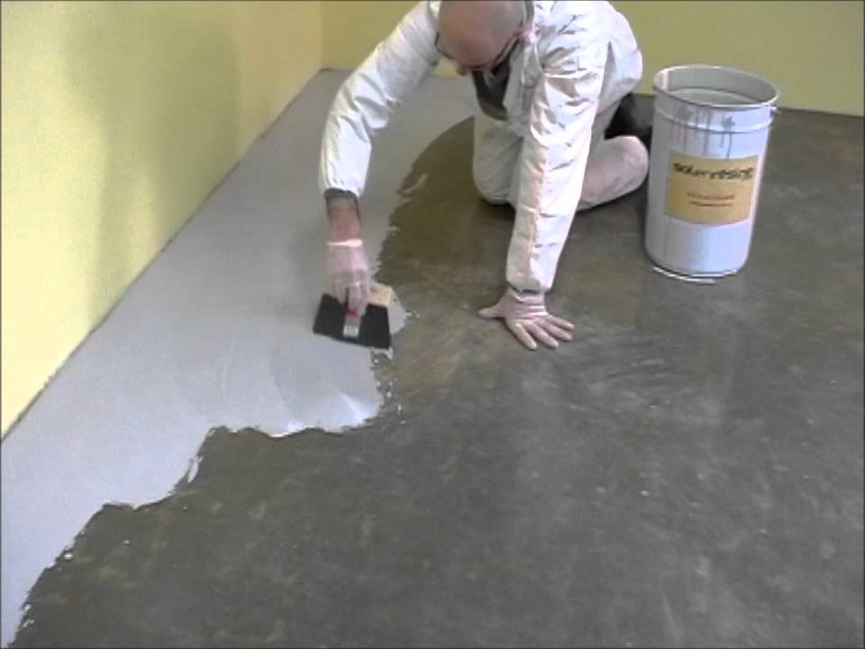 Application de la finition sol en r sine youtube - Peinture sol beton exterieur ...