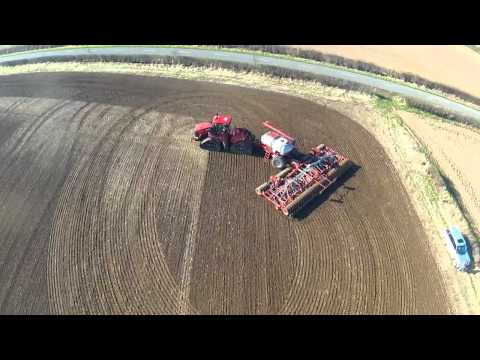 Quadtrac 550 and Horsch 12 metre sprinter drill