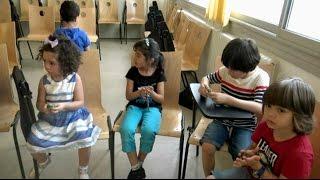 مغتربون ومتطوعون ينشطون لدعم أطفال اللاجئين السوريين
